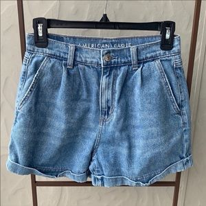 American Eagle Outfitters Mom Short Blue Jean 0